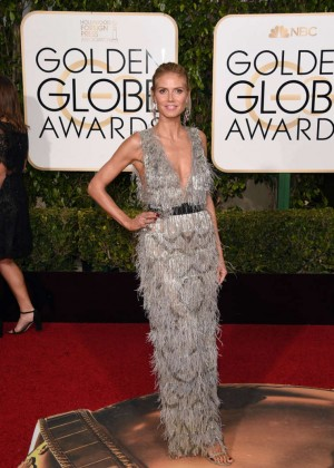 Heidi Klum: 2016 Golden Globe Awards -04