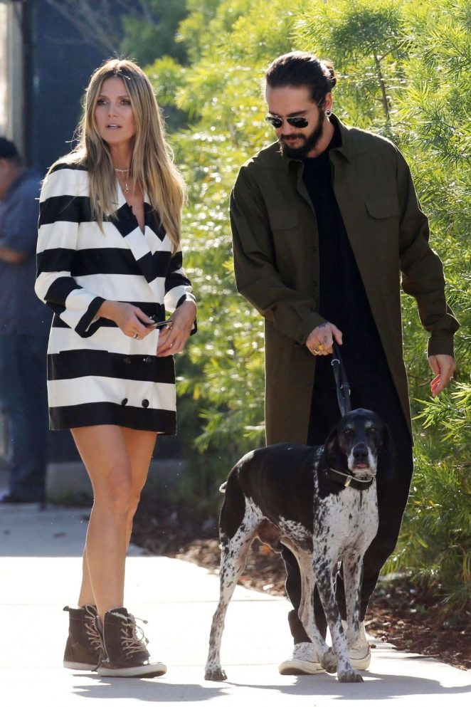 Heidi Klum and her boyfriend Tom Kaulitz - Walk with his dog in Los Angeles