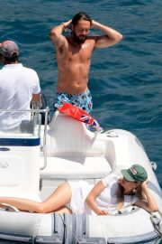 Heidi Klum and Tom Kaulitz - Spotted on yacht on their honeymoon in Capri - Italy