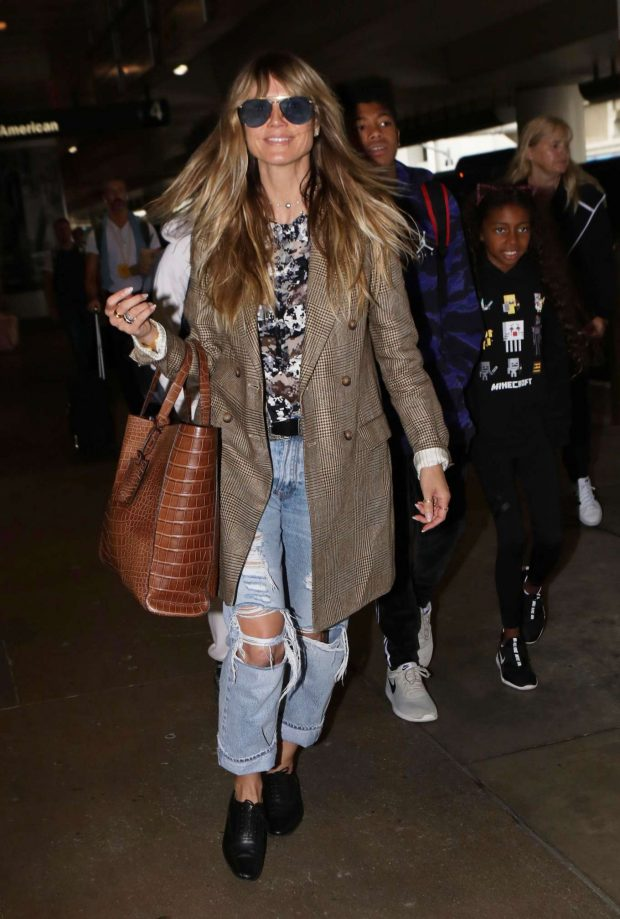 Heidi Klum: Arrives at LAX International Airport-01