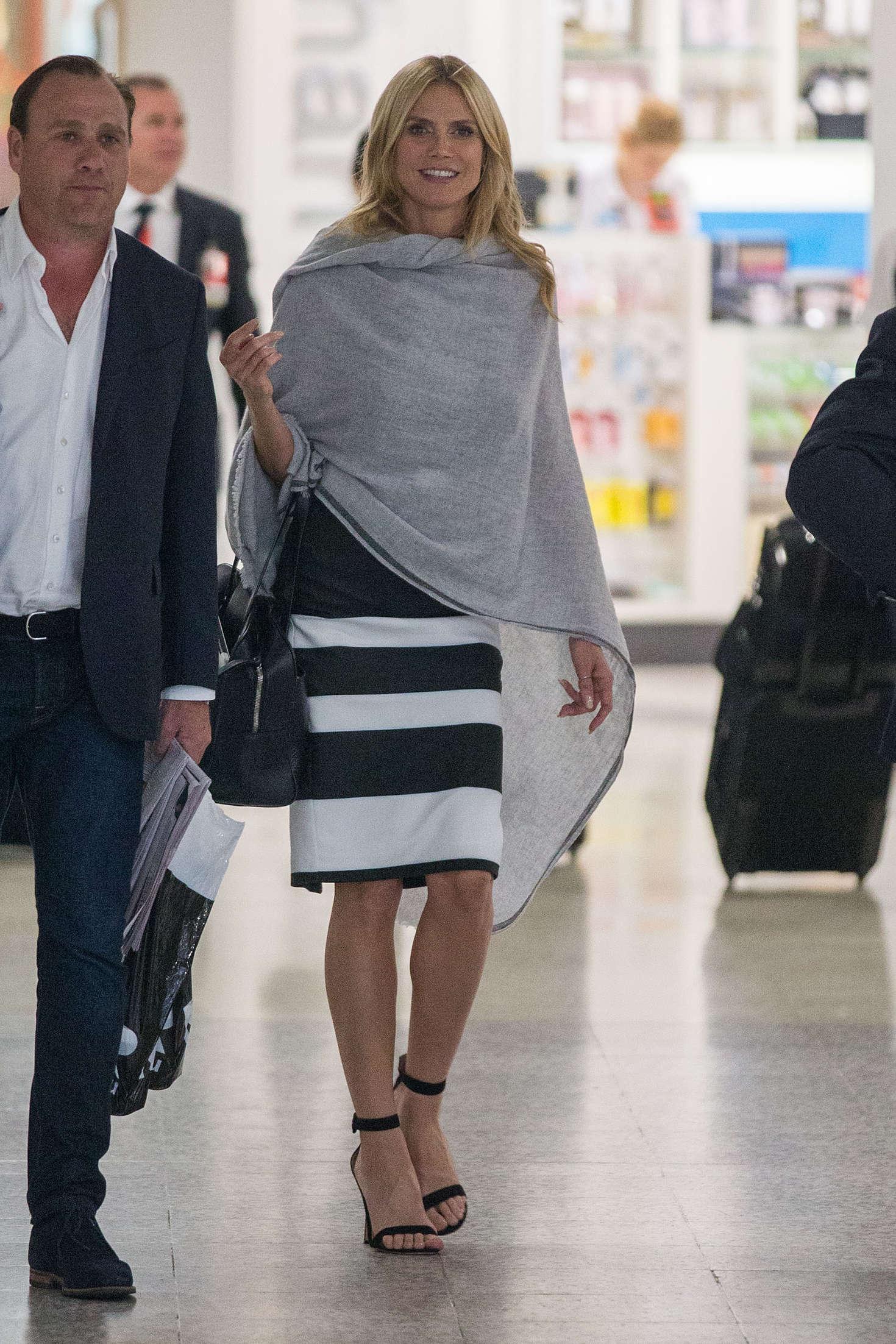 Heidi Klum 2016 : Heidi Klum Arrives at Sydney Airport -08