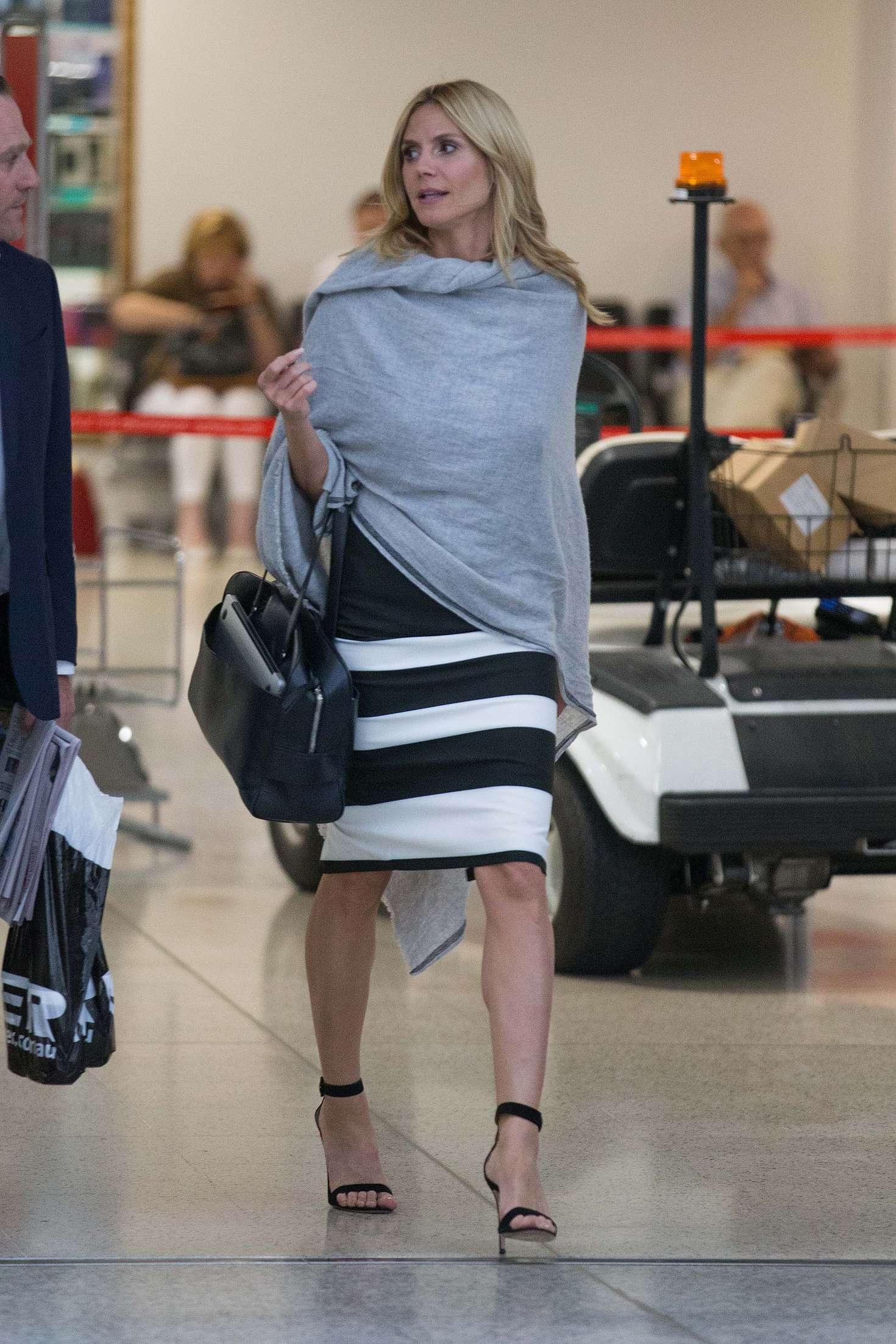Heidi Klum 2016 : Heidi Klum Arrives at Sydney Airport -09