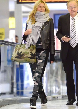 Heidi Klum - Arrives at the Airport in New York