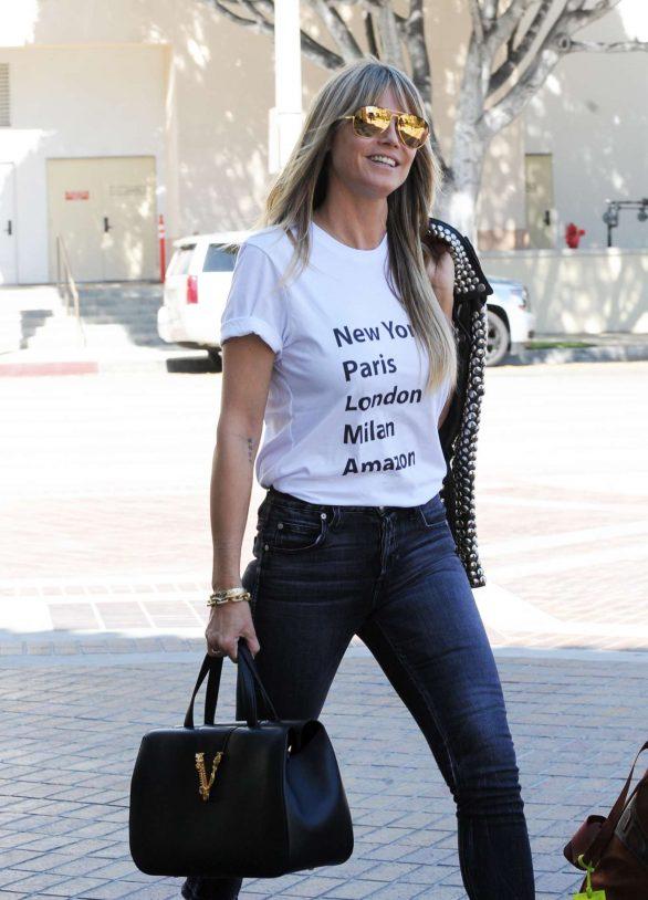 Heidi Klum - Arrives at the Americas Got Talent Champions in Pasadena