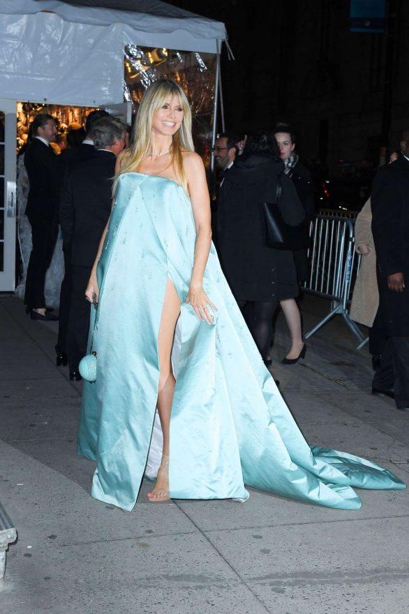 Heidi Klum - Arrives at the Amfar Gala in New York City