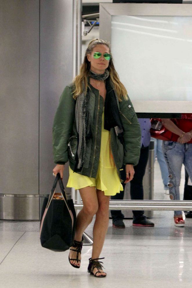 Heidi Klum Arrives on a flight from Cuba