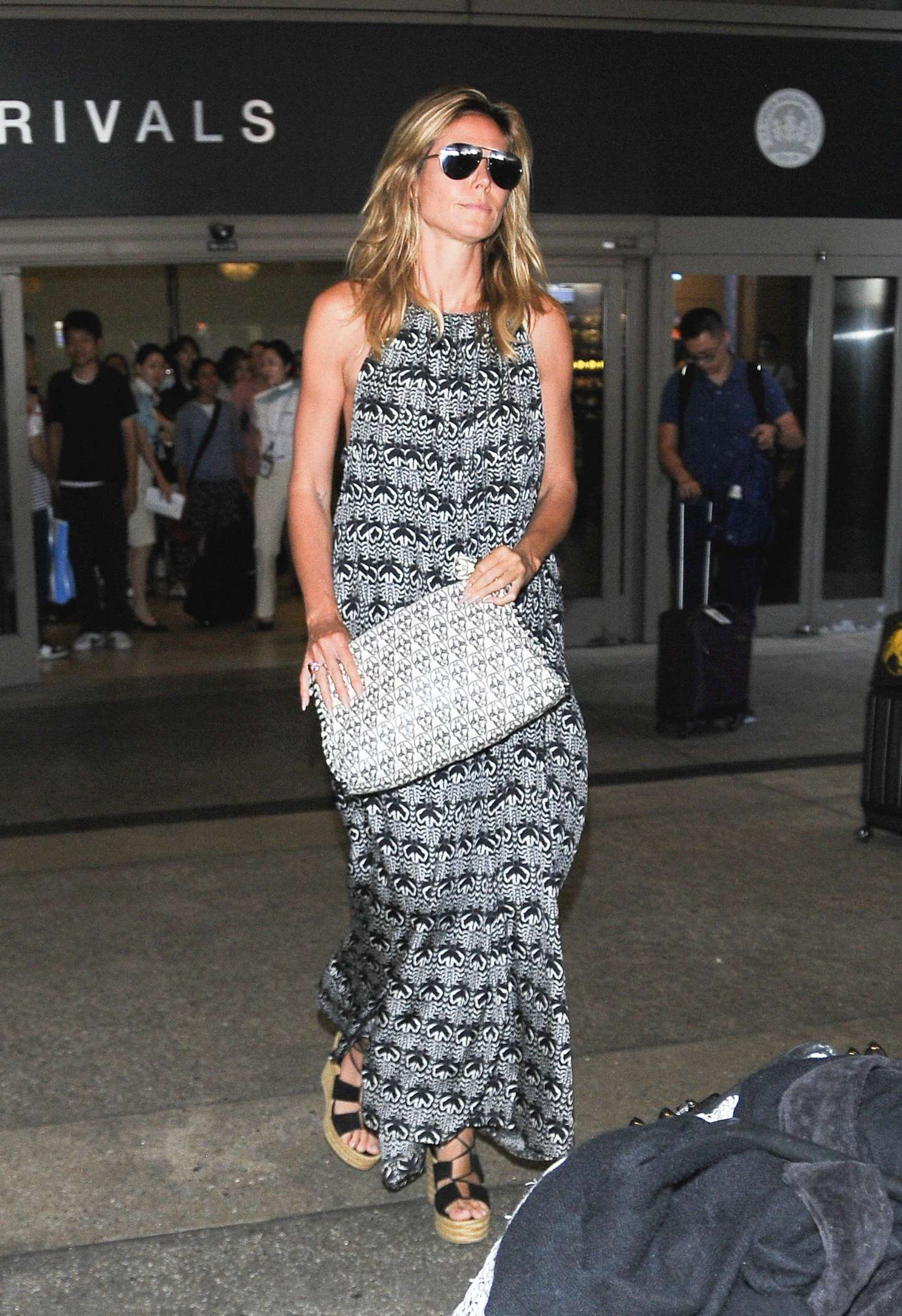 Heidi Klum 2016 : Heidi Klum at LAX Airport -03