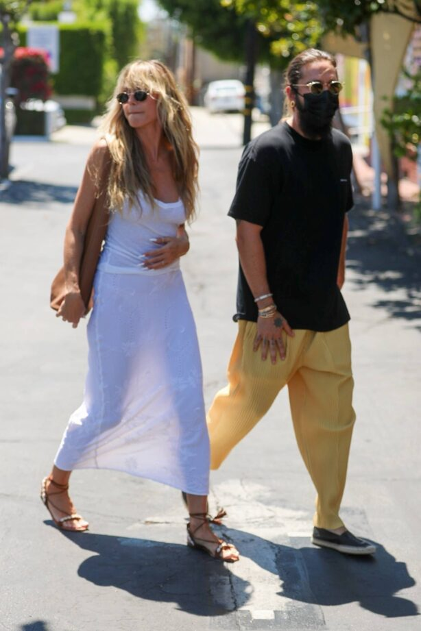 Heidi Klum - Goes shopping after lunch at Fred Segal in West Hollywood
