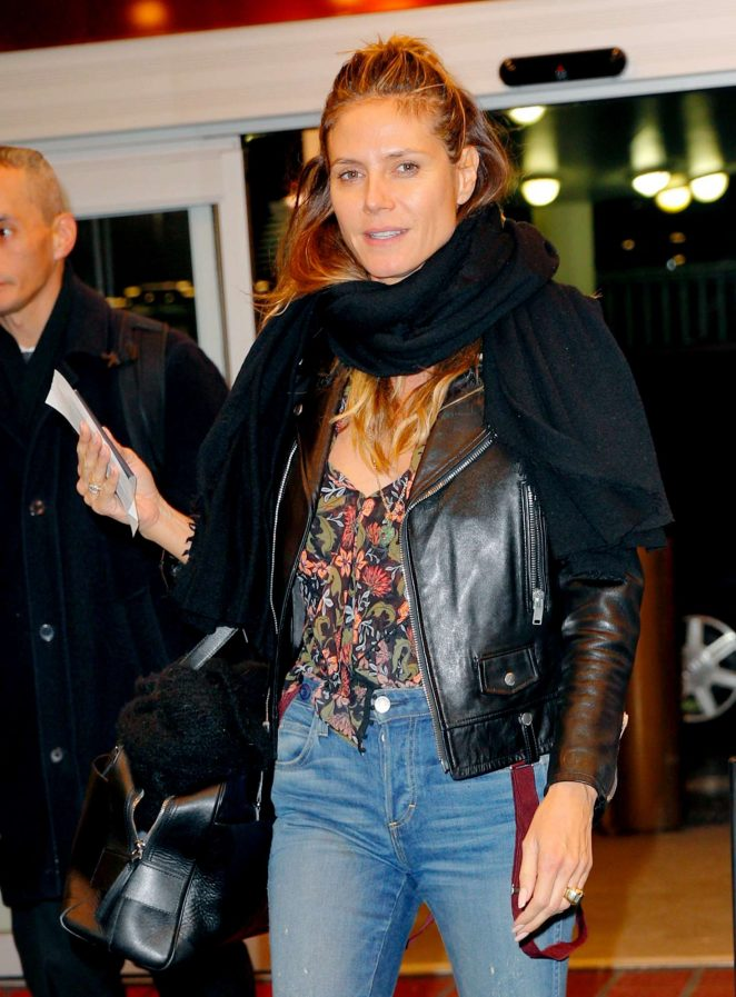 Heidi Klum - Head to the airport in New York