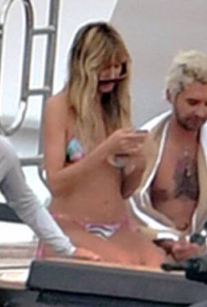 Heidi Klum - In a bikini in Capri