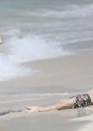 Heidi Klum In Bikini On The Beach In St Barts GotCeleb