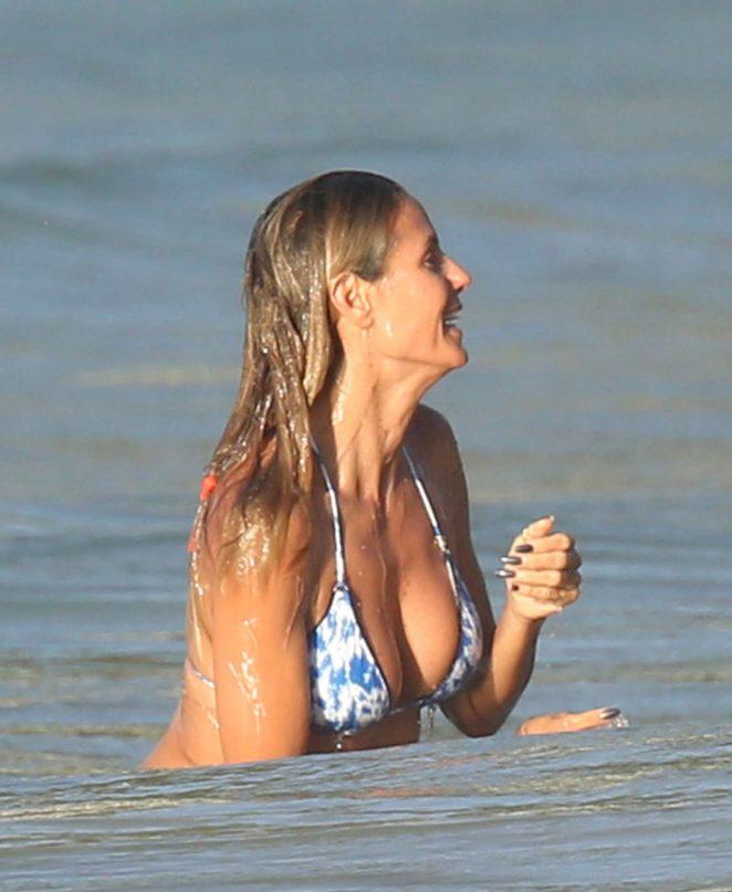 Heidi Klum in Bikini 2016 -01