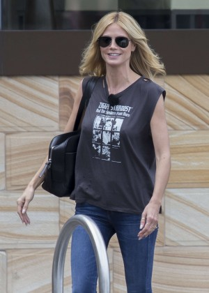 Heidi Klum in Jeans Boards a boat in Sydney Harbour