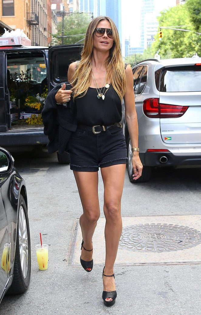 Heidi Klum in Mini Shorts -17