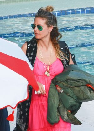 Heidi Klum in Pink Dress on vacation in Miami