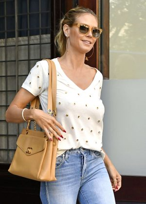 Heidi Klum in Ripped Jeans out in New York City
