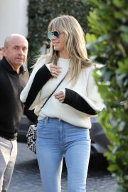 Heidi Klum in White Sweater and Jeans - Out in Los Angeles