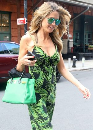 Heidi Klum - Leaves an office building in New York City