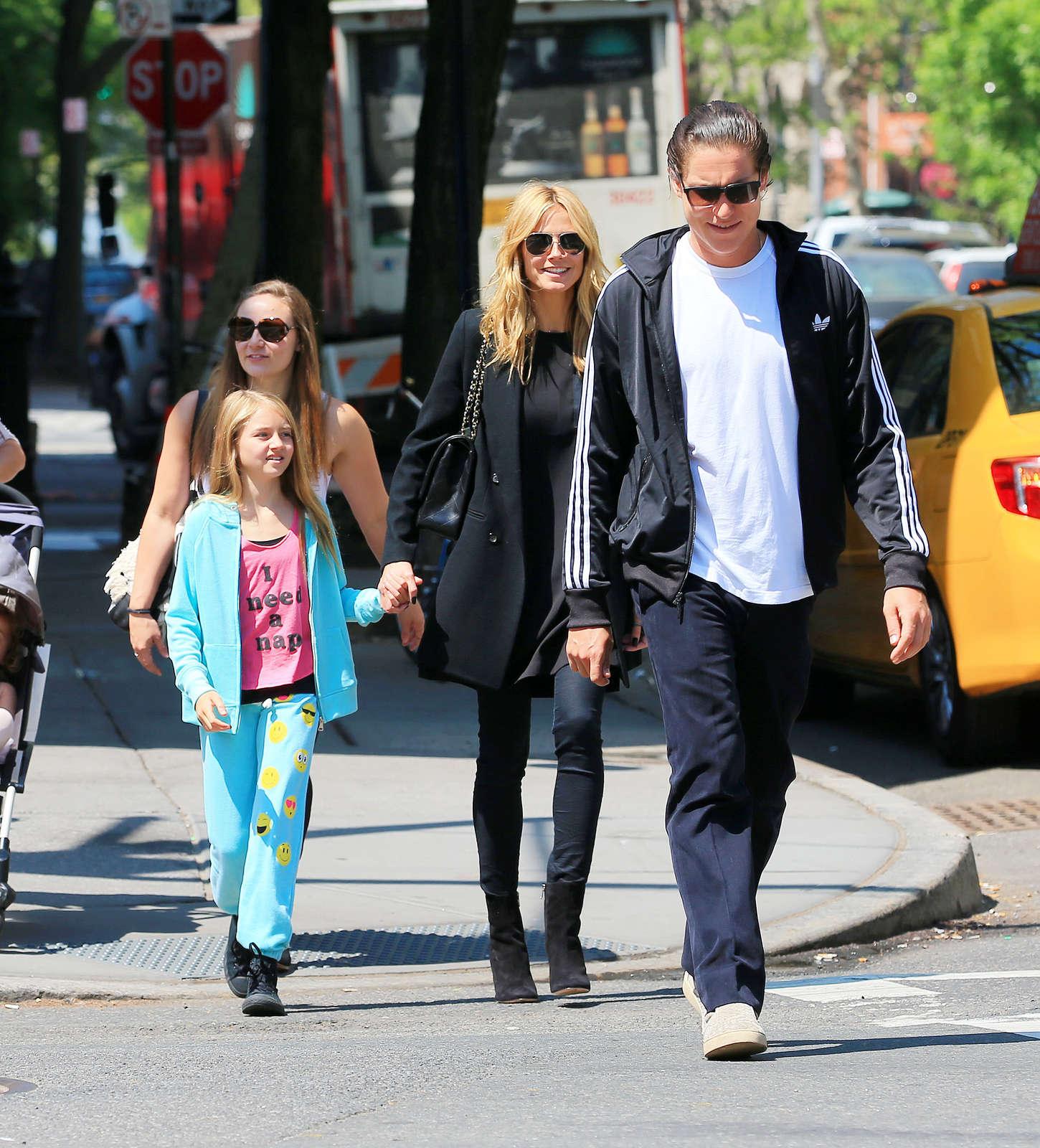 Heidi Klum 2015 : Heidi Klum in jeans -26