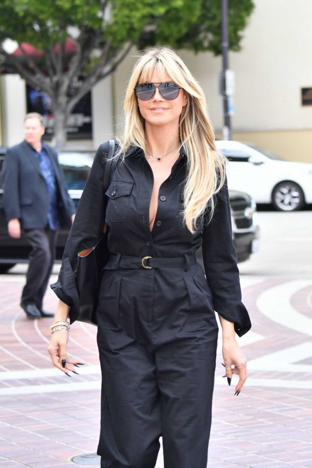 Heidi Klum - Out and about in Pasadena