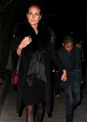 Heidi Klum - Out for Christmas Eve Dinner