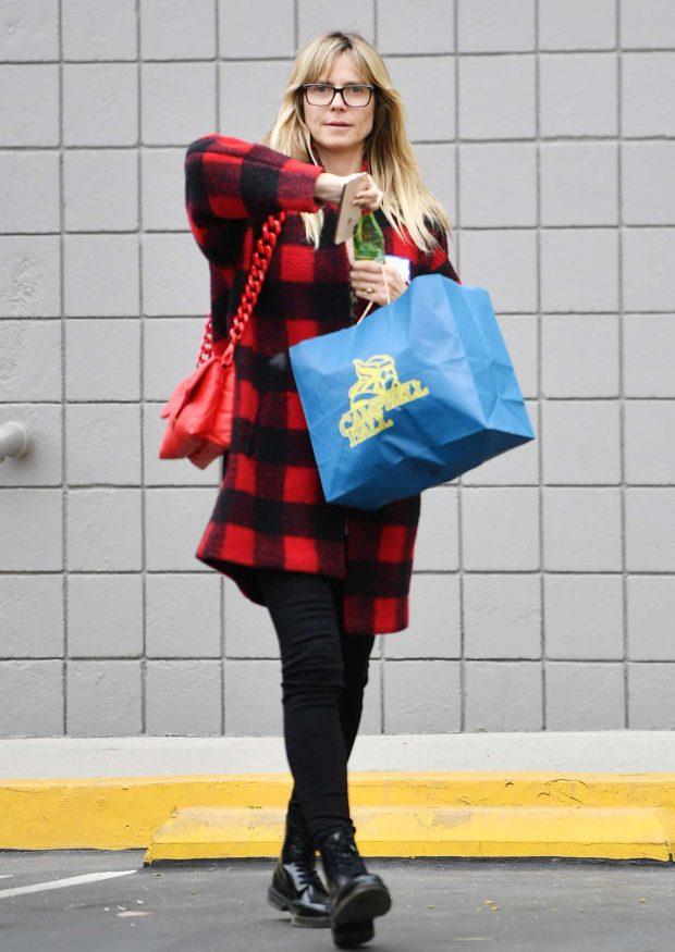 Heidi Klum: Out running errands in Los Angeles -05
