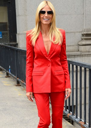 Heidi Klum - Project Runway 2015 NYFW Show in NYC