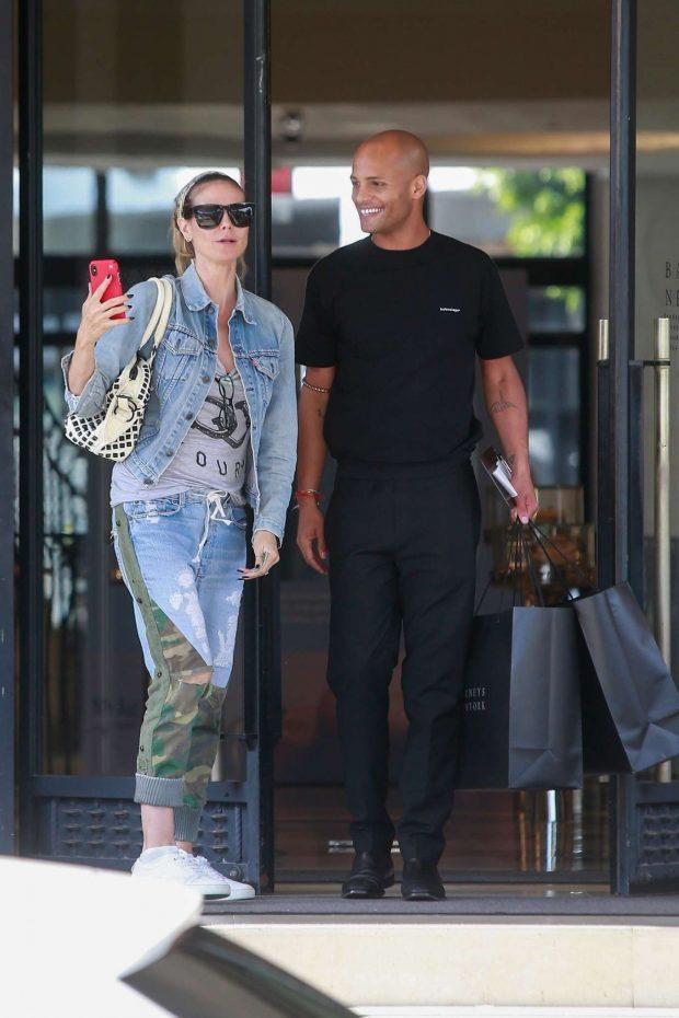 Heidi Klum: Shopping at Barneys New York-03