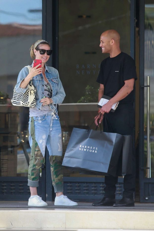 Heidi Klum: Shopping at Barneys New York-04