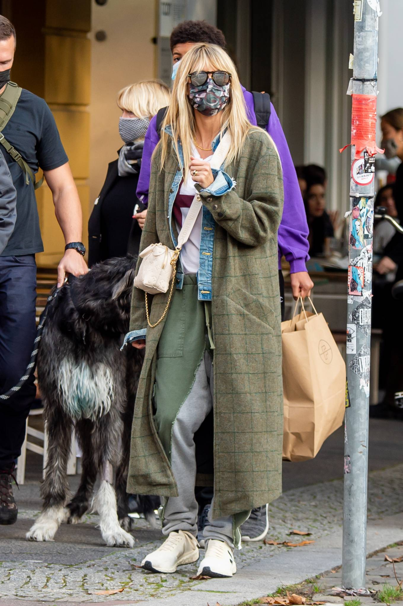 Heidi Klum 2020 : Heidi Klum – Shopping candids in Berlin-01