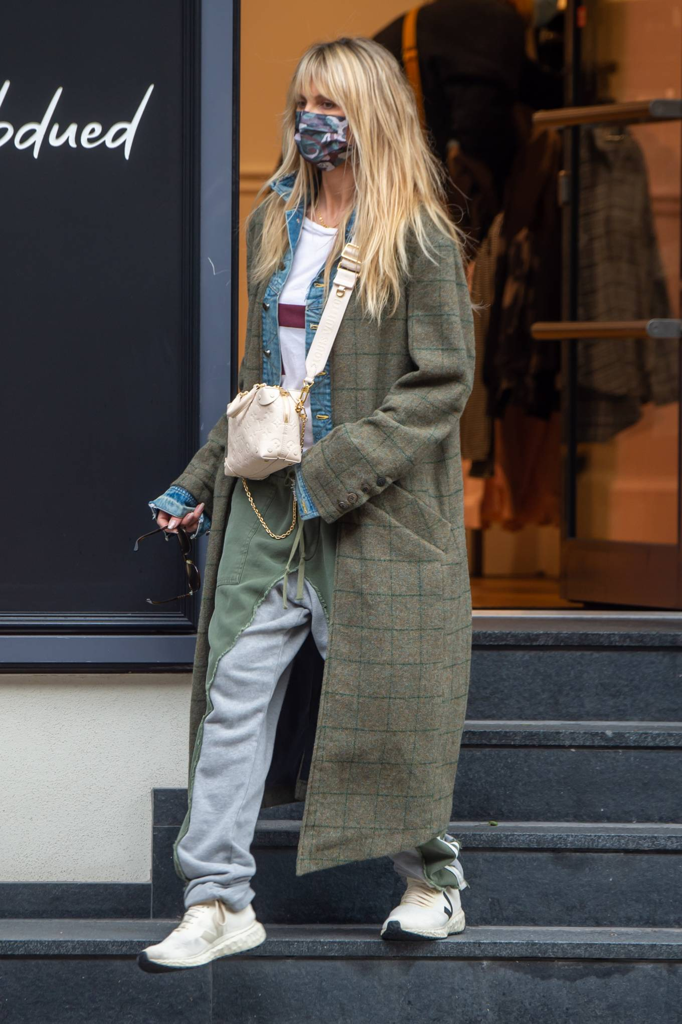 Heidi Klum 2020 : Heidi Klum – Shopping candids in Berlin-07