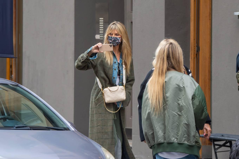 Heidi Klum 2020 : Heidi Klum – Shopping candids in Berlin-14