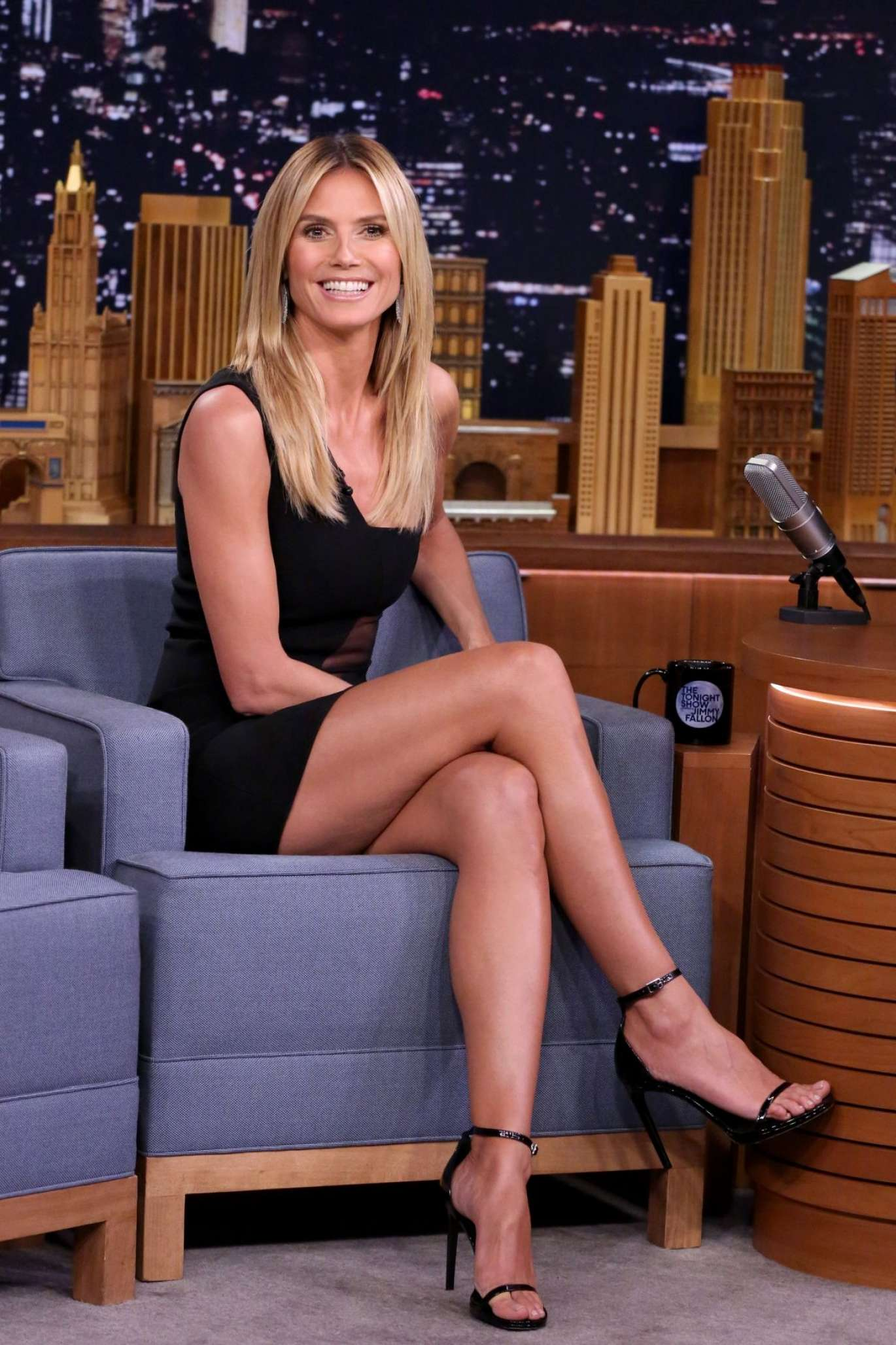heidi klum the tonight show with jimmy fallon in new york