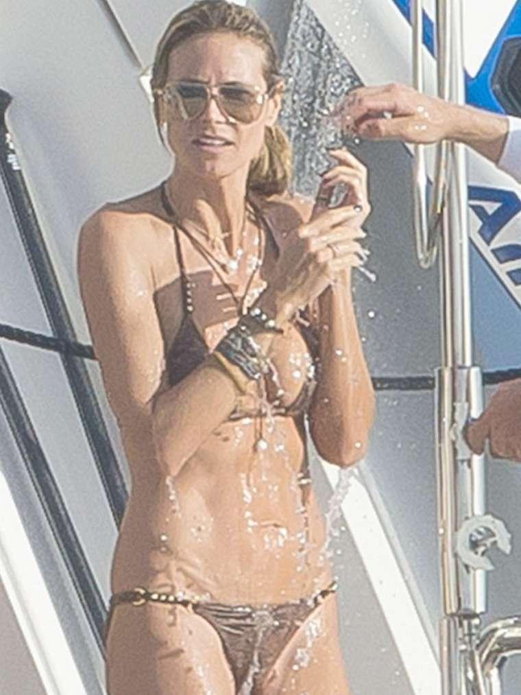 Heidi Klum 2015 : Heidi Klum in Bikini -05