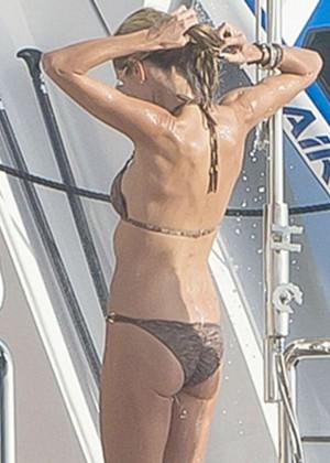 Heidi Klum in Bikini -08