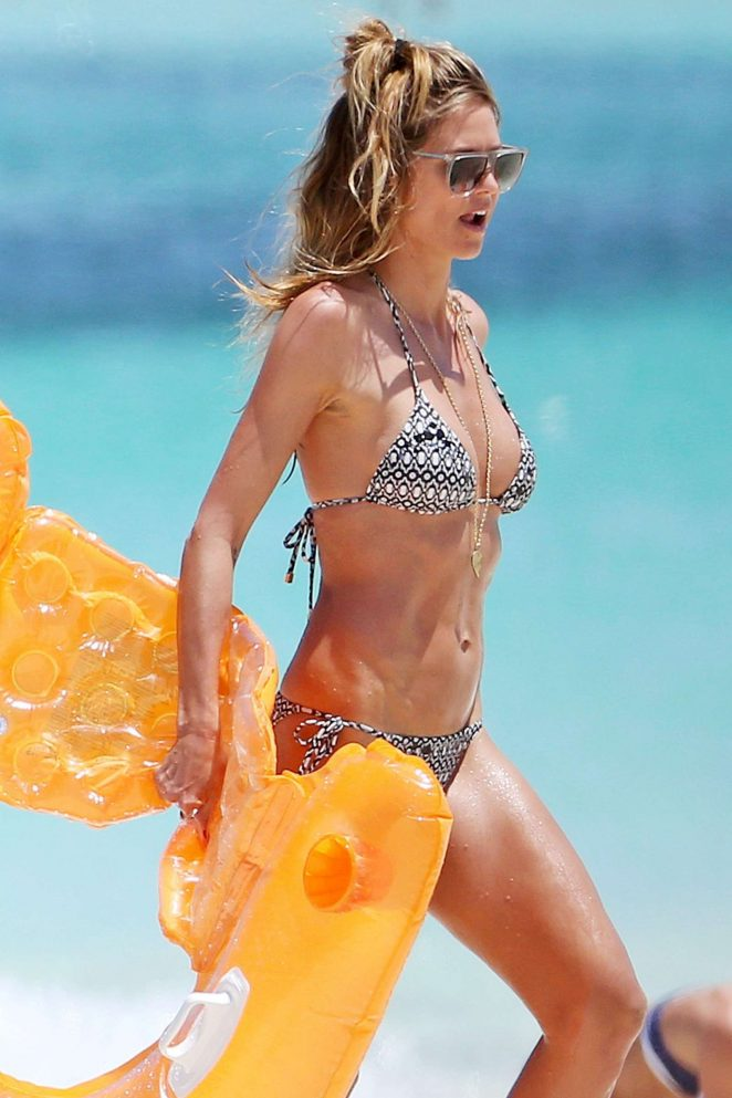 Heidi Klum - Wearing Bikini in Turks and Caicon