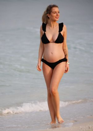 Helen Flanagan in Black Bikini on the beach in Dubai