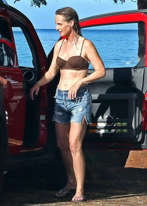 Helen Hunt in Bikini Top in Hawaii