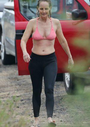 Helen Hunt in Bikini Top on the beach in Hawaii Pic 9 of 35