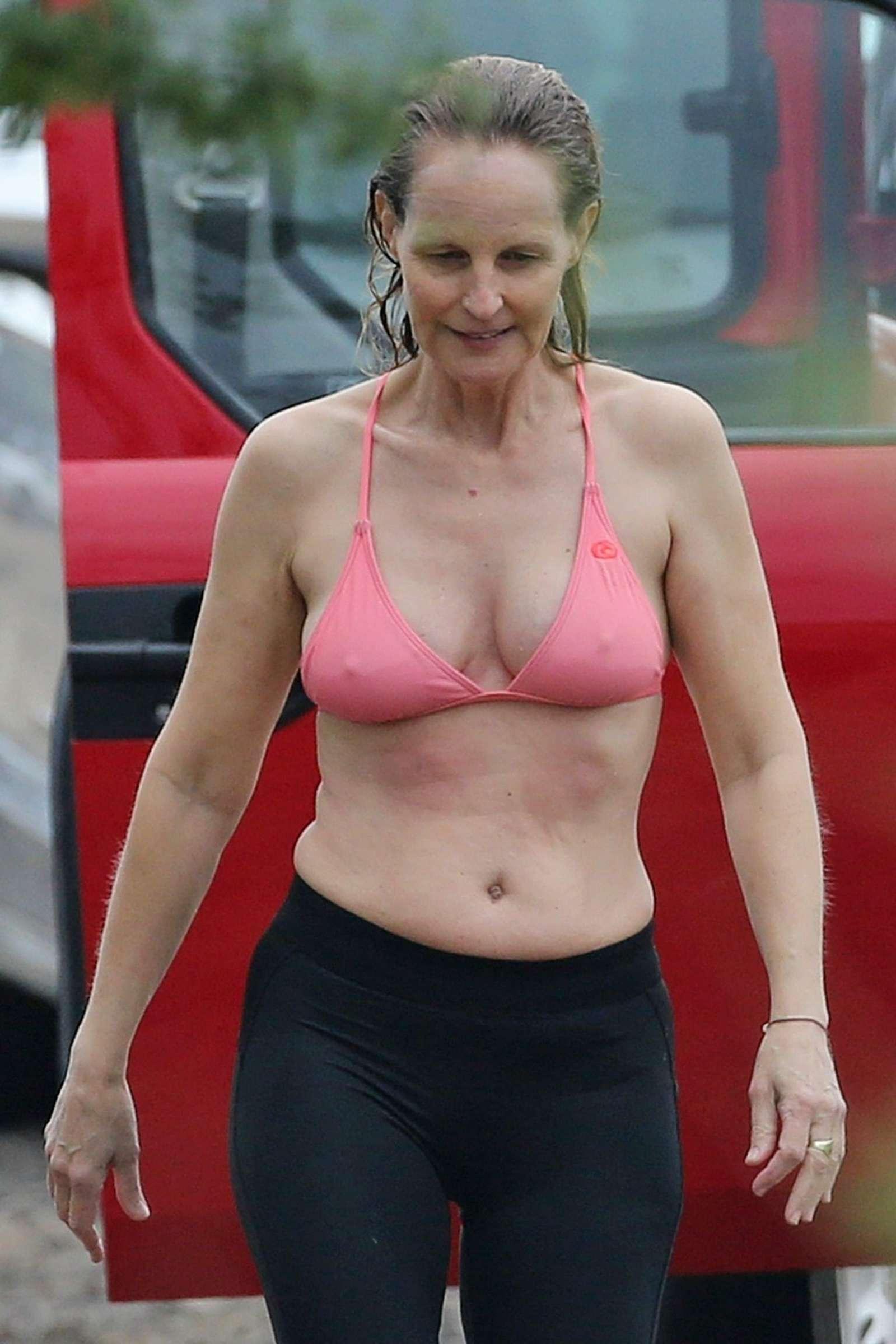 Helen Hunt in Bikini Top on the beach in Hawaii