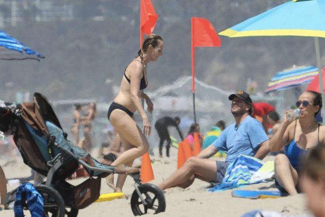 Helen Hunt 2017 : Helen Hunt in Black Bikini 2017 -30