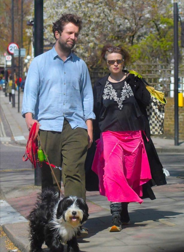 Helena Bonham Carter and Rye Dag Holmboe - Walk the dog in London