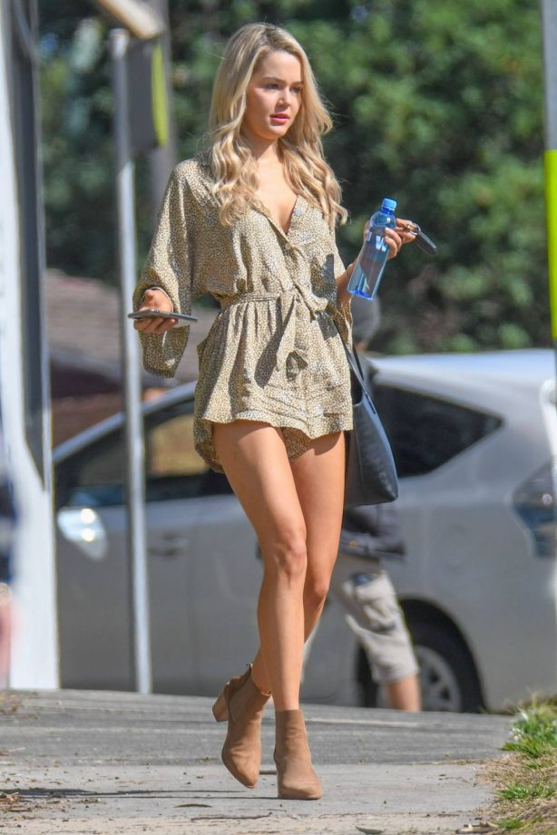 Helena Sauzier - Out in Sydney