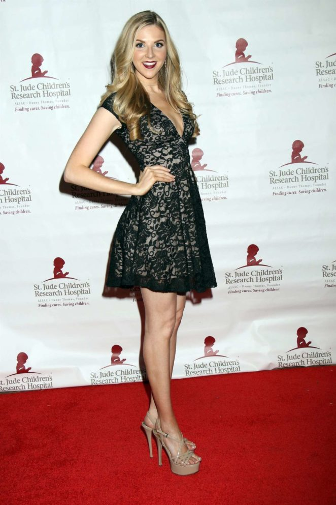 Hilary Billings - St. Jude 'Against All Odds' Celebrity Poker Tournament in Las Vegas