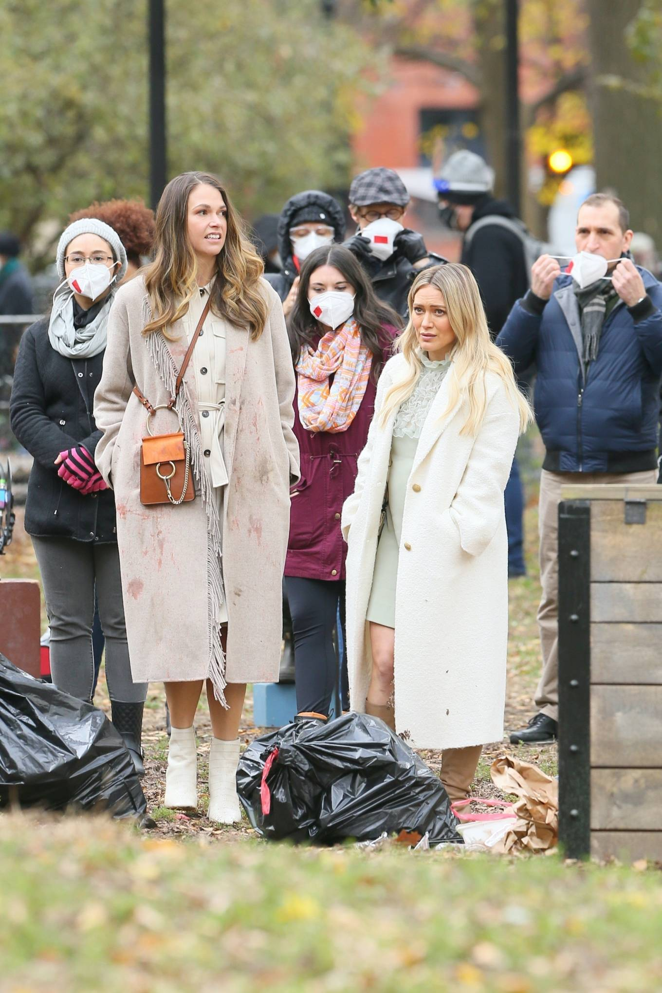 Hilary Duff 2020 : Hilary Duff and Sutton Foster – on the set of Younger in NYC-10
