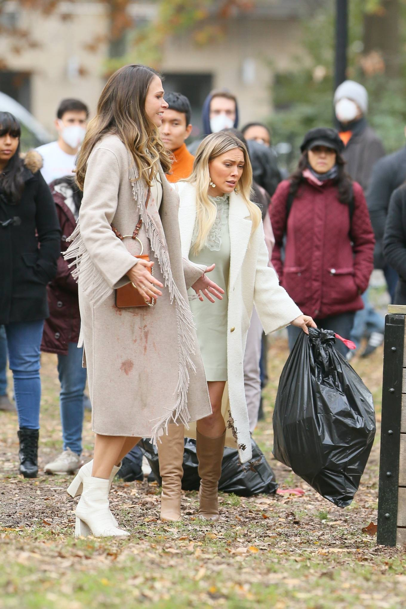Hilary Duff 2020 : Hilary Duff and Sutton Foster – on the set of Younger in NYC-11