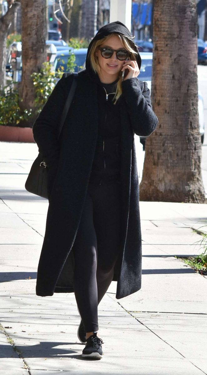 Hilary Duff - Arrives at the gym in Los Angeles