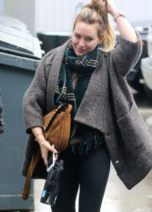 Hilary Duff - Arrives to a Salon in West Hollywood
