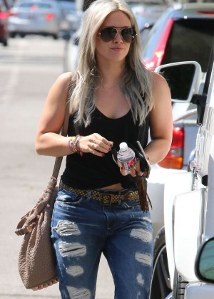 Hilary Duff in Tight Ripped Jeans out in Hollywood