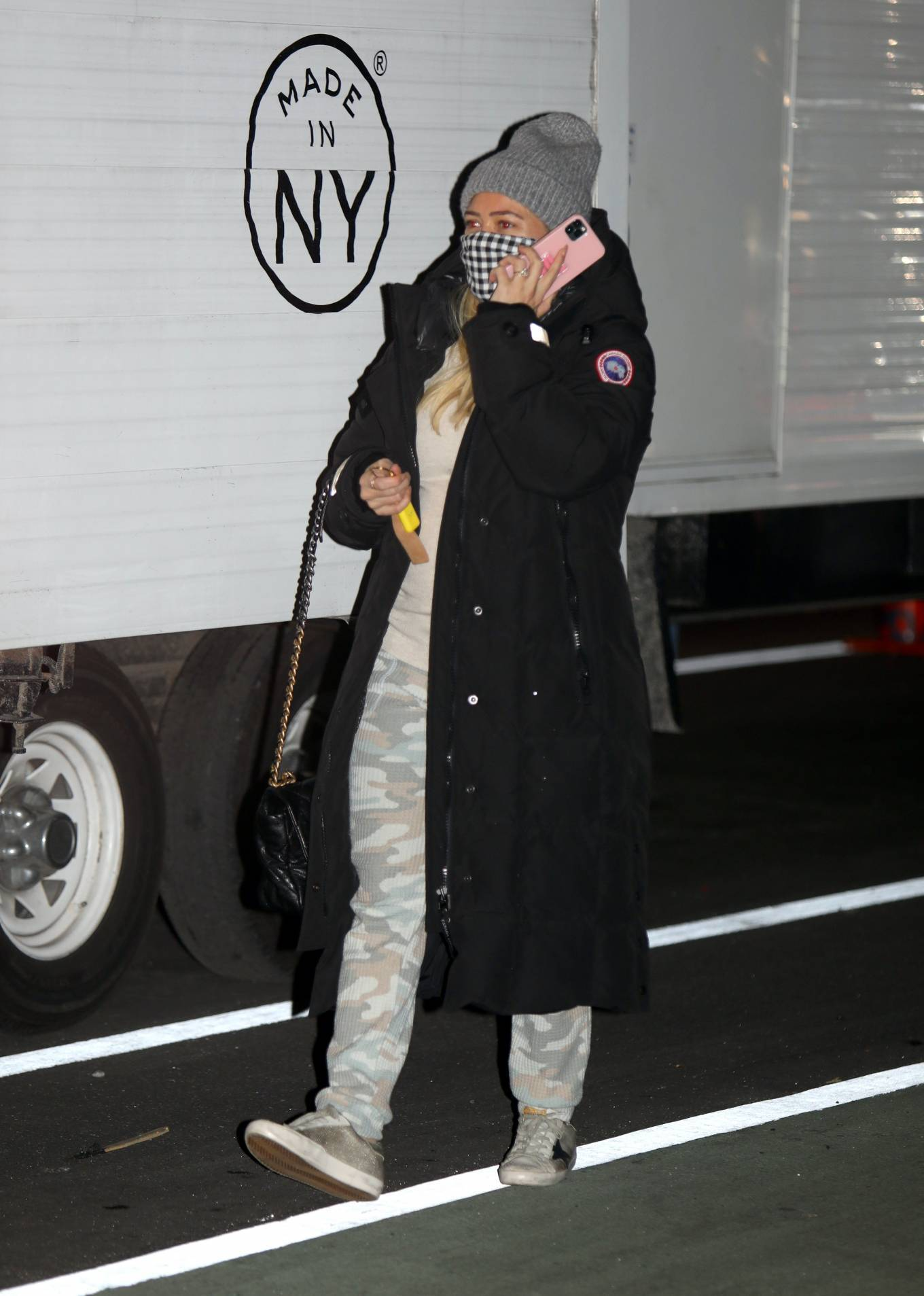 Hilary Duff 2020 : Hilary Duff – Arriving on the set of Younger in New York-01